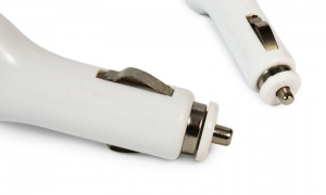 Car Charger White 1000mAh iphone 5/5S/5C