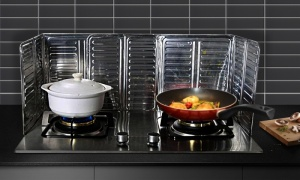 Removable Cooking Frying Oil Gas Stove Oil-Proof Splash Guard