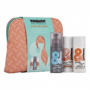TONI and GUY Hair on Sleek Washbag Gift Set