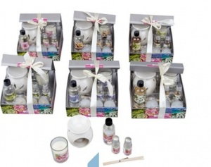 OIL BURNER GIFT SET WITH DIFFUSER assorted fragrances