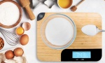 Wooden Chopping Board With Integrated Weighing Scales